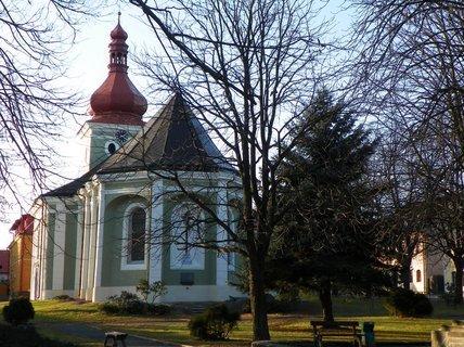FOTKA - Nově opravený kostel na Seči