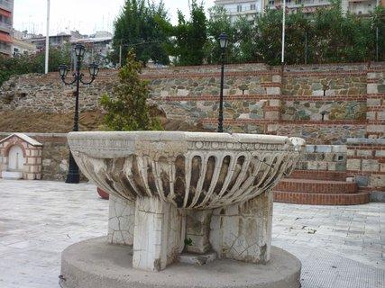 FOTKA - Soluň - před kostelem sv. Demetria I