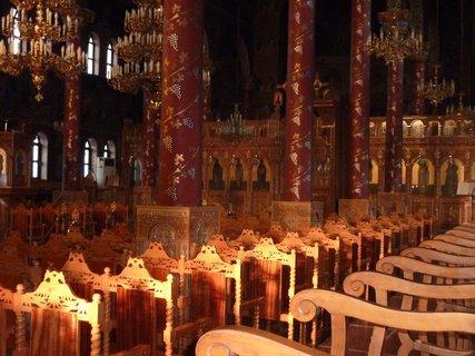FOTKA - V kostele v Leptokarii I