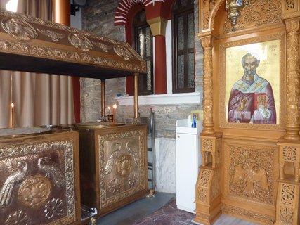FOTKA - V kostele v Leptokarii II