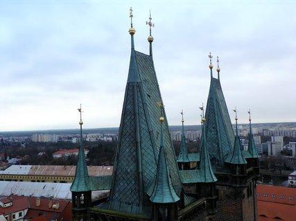 FOTKA - Věže gotické katedrály sv. Ducha