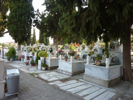 FOTKA - Hřbitov  v Leptokarii
