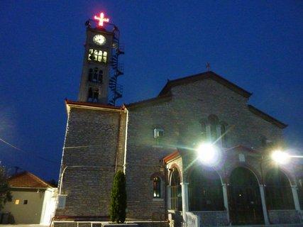 FOTKA - Noční kostel v Leptokarii