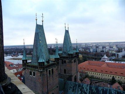 FOTKA - Štěpánský výhled na věže ktedrály sv. Ducha