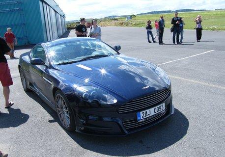 FOTKA - Aston Martin 1