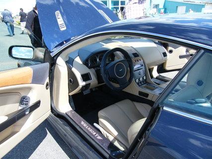 FOTKA - Aston Martin 4