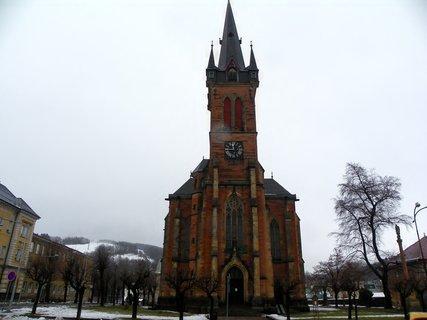 FOTKA - Kostel sv Vavřince Vrchlabí