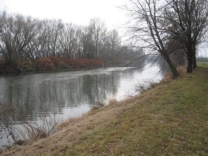 FOTKA - Zimní řeka 3