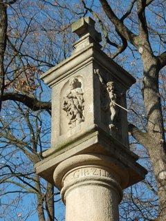 FOTKA - Sluneční hodiny – Boží muka (Petřín, zahrada Kinských)