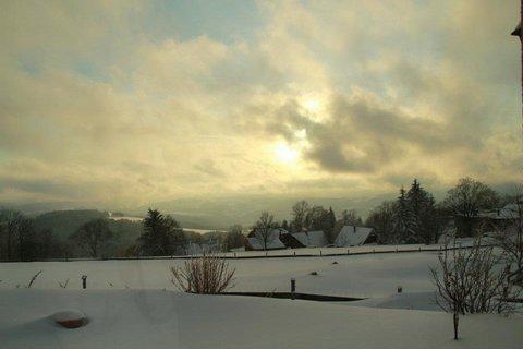 FOTKA - slunce za mraky