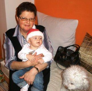 FOTKA - S babičkou a Cindy