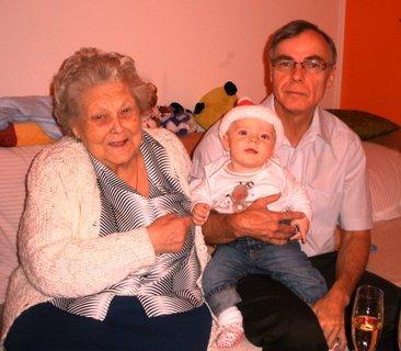 FOTKA - Tři generace
