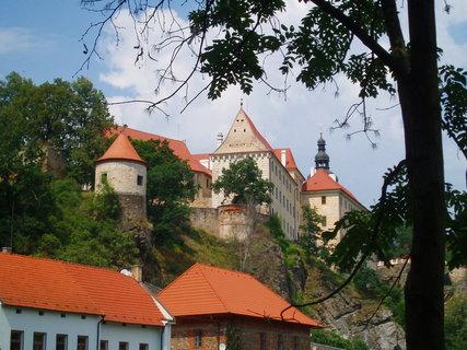 FOTKA - Bechyně - zámek - pohled od Lužnice