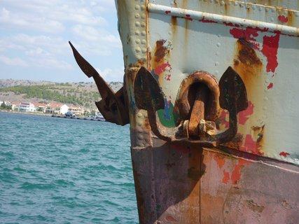 FOTKA - Nafplio - kotvy lodi