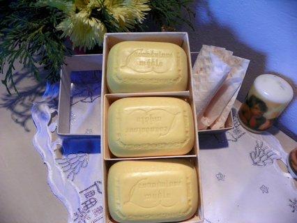 FOTKA - Retro levandulova mýdla, netuším z kterého roku ale ještě voní
