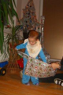 FOTKA - Maťko rozbaluje dárky 2