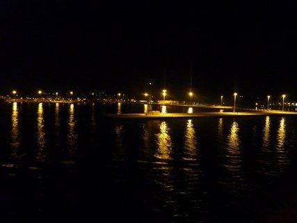 FOTKA - Noční přístav v Patrasu