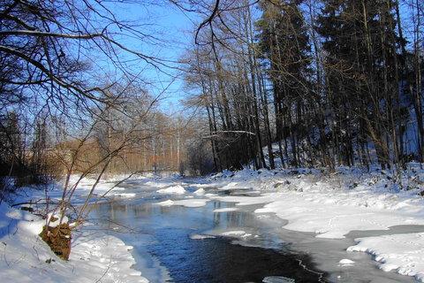 FOTKA - zimní klid na řece