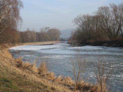 FOTKA - Zimní řeka 8