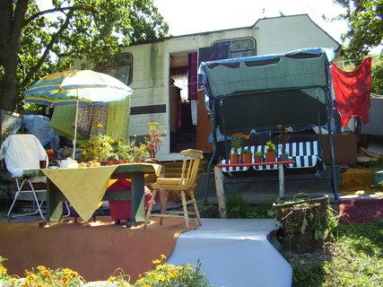 FOTKA - karavan v Chuchli