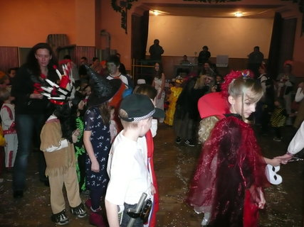 FOTKA - Ma�karn� karneval 7