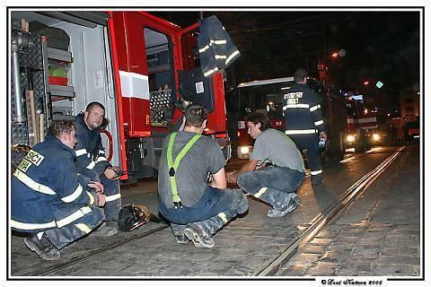 FOTKA - kluci hasiči po akci