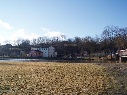 FOTKA - u řeky - Dráchov