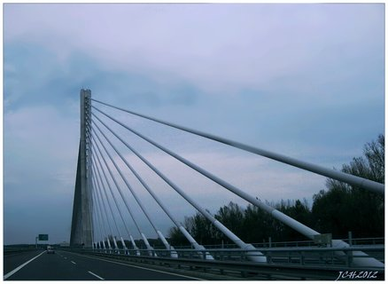 FOTKA - architektura - mostní konstrukce