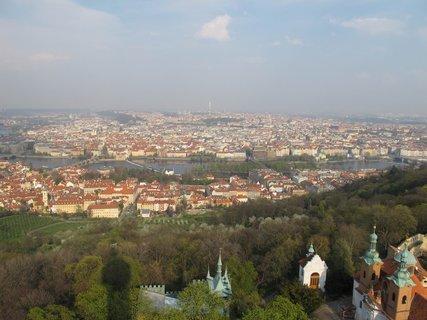 FOTKA - Praha z Petřínské rozhledny  2