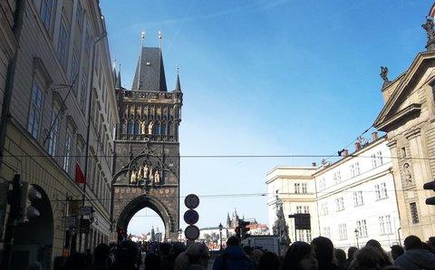 FOTKA - *Praha v b�eznu 1