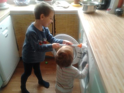 FOTKA - Děti pomáhají