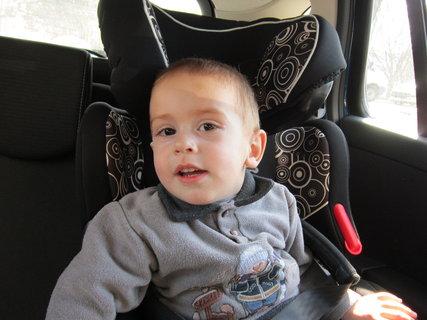 FOTKA - Maťko v aute 1