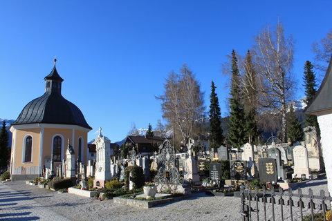FOTKA - Hřbitov v Saalfeldenu