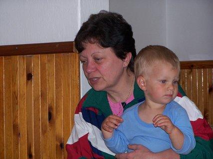 FOTKA - Sestřenice s vnoučkem