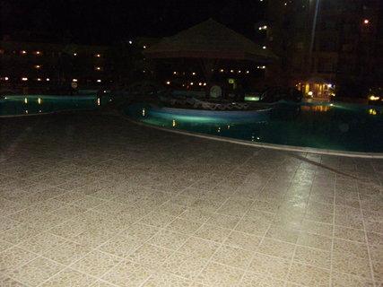 FOTKA - Bazény foceno večer