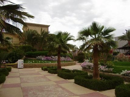 FOTKA - Pěkně upravená zahrada