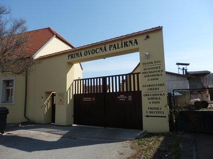 FOTKA - Prima ovocná palírna v Třebízi (článek bude 4.5.)