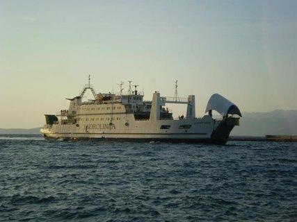 FOTKA - loď na které se plavila vnučka