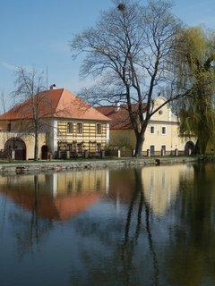 FOTKA - jarní toulání Slánskem * v Třebízi