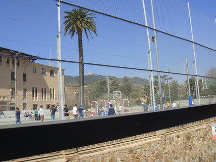 FOTKA - Barcelona z autobusu..