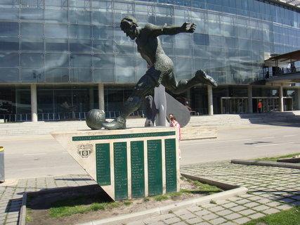 FOTKA - Socha fotbalisty