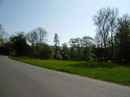 FOTKA - u silnice směrem k V.Meziříčí
