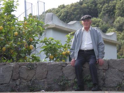FOTKA - pradeda ( letos 91 let ) odpociva