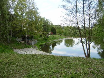 FOTKA - rybník, který patří k hotelu 2