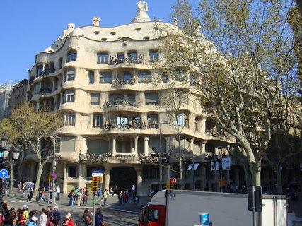 FOTKA - Gaudí - Casa mila