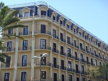 FOTKA - Gaudí - krásná architektura.