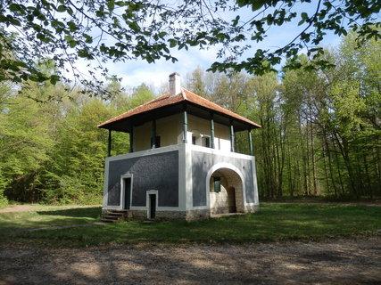 FOTKA - Lovecký letohrádek – Lusthaus (jižně od Lesné u Znojma)