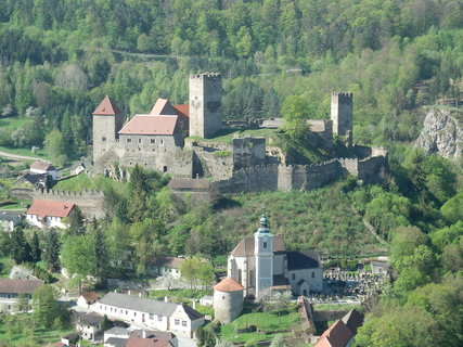 FOTKA - hrad HARDEGG, Rakousko