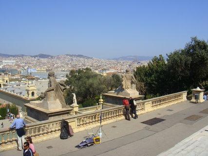 FOTKA - Pohled od muzea na Barcelonu.