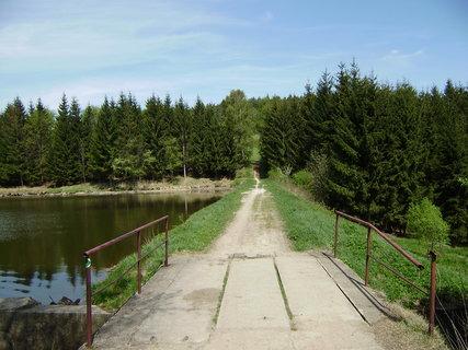 FOTKA - chovný rybník u hotelu 2